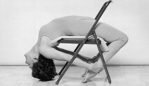 suza-chair-backbend-490